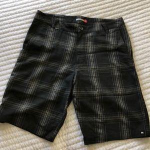 Men's Quicksilver Shorts - Black Plaid